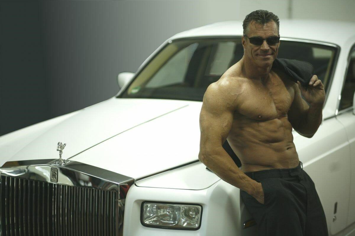 Arnold-Schwarzenegger-look-a-like